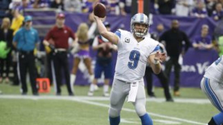 Matthew Stafford busca resolver sus problemas de intercepciones (AP-NFL).