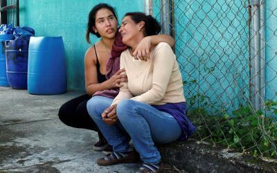 Familiares de José Guerrero, muerto este miércoles por un...