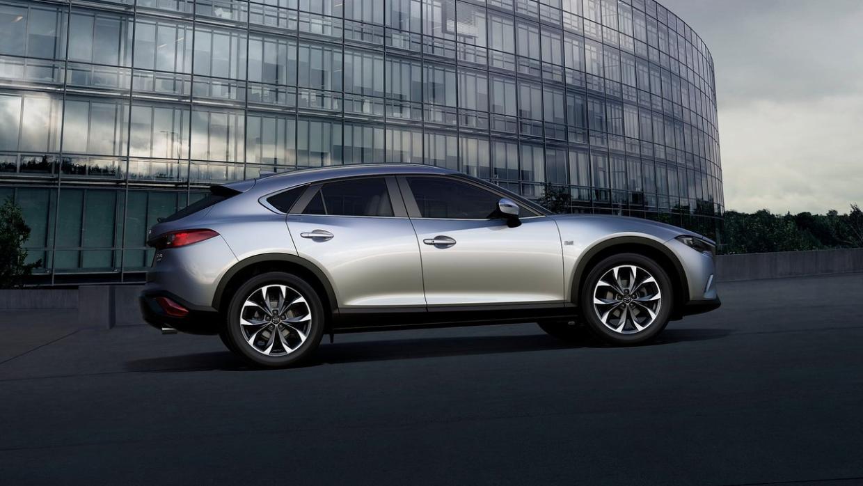 La Mazda CX-4 cuenta con un diseño más sexy y atrayente que el de su her...