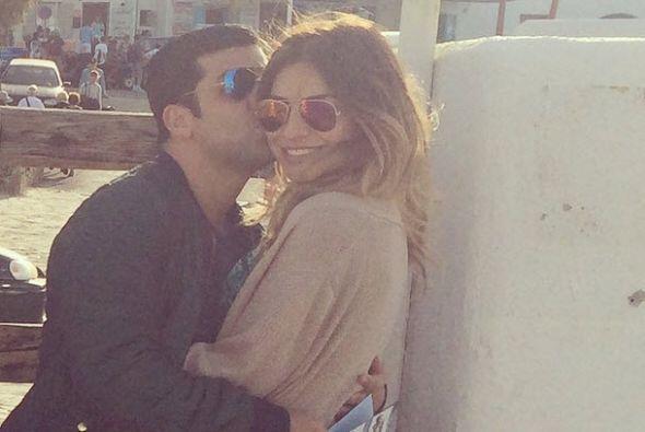 Con esta foto Alejandra Espinoza le dice lo mucho que ama a su guapo Ani...