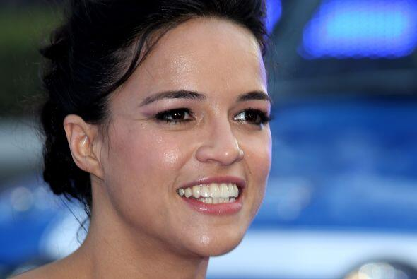 Michelle Rodriguez: Hija de padre puertorriqueño y madre dominicana, sal...