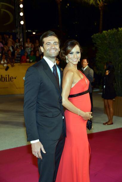 Satcha Pretto y su esposo.
