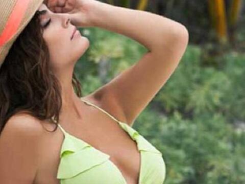 Ximena Navarrete desmaya a sus seguidores con sus sexys bikinis.
