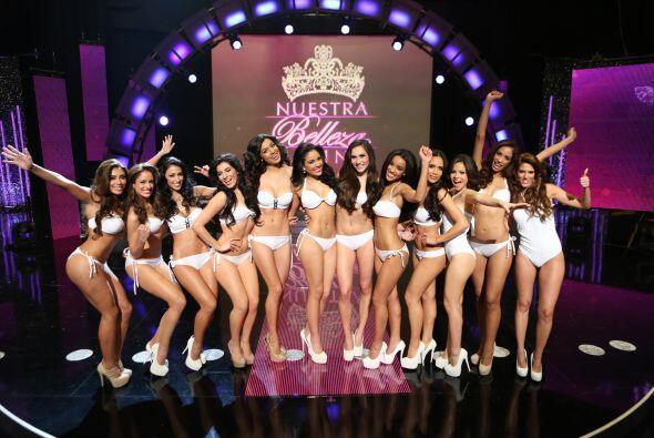 Aquí solo una parte del grupo de las 30 chicas que estuvieron en...