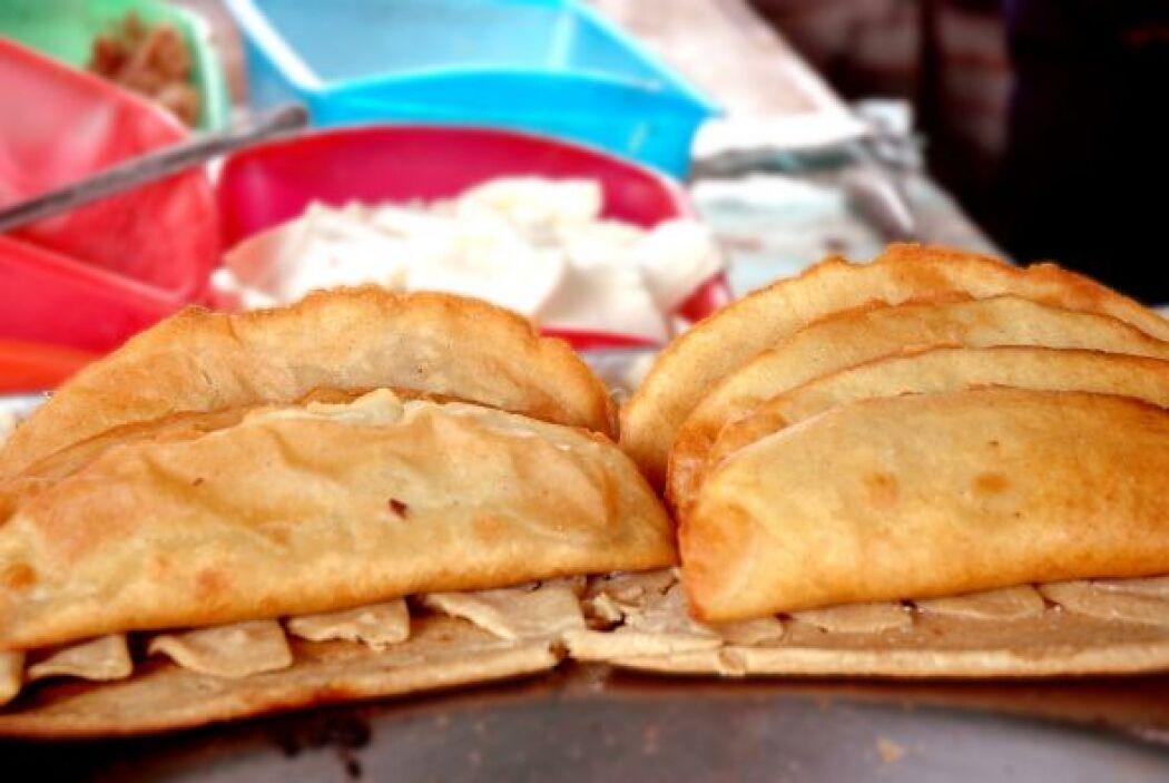 Quesadillas:Tortillas hechas a mano rellenas de...¡Lo que se te ocurra!...