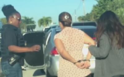 Esposo de la mujer colombiana arrestada por ICE cuando llevaba a su hija...