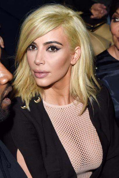 Mira más de Kim Kardashian escotada en París.