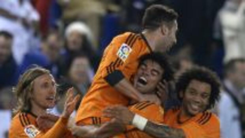 El defensa portugués hizo el gol que le valió los tres puntos a un Madri...