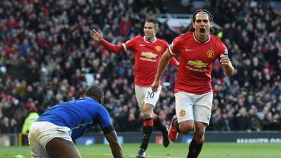 El colombiano celebra el segundo gol del Manchester United ante Leicester.