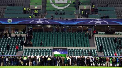 Aficionados del Wolfsburg fueron evacuados