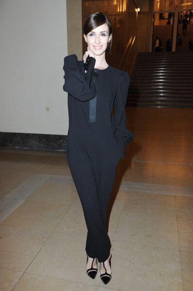 ¡Wow con Paz Vega y su 'outfit' en Paris! Ese 'body' negro le luci...