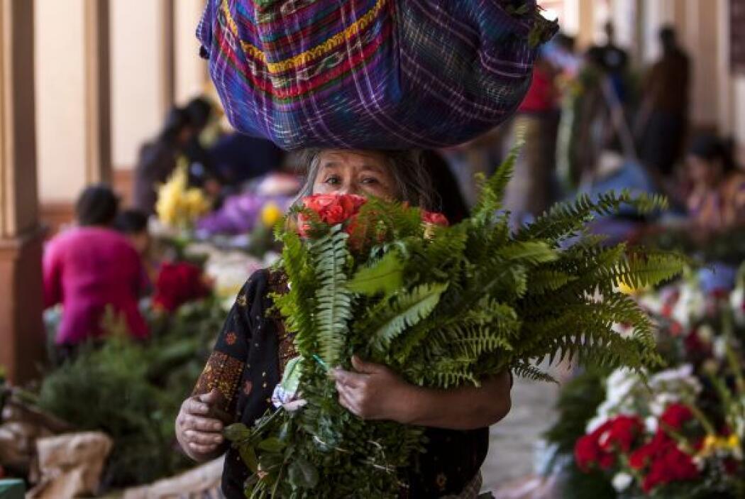 Las lenguas indígenas con mayor número de hablantes son el náhuatl con 2...