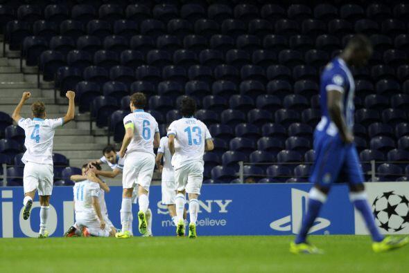 Porto casi aguantó el empate con un hombre menos, pero cerca del final d...