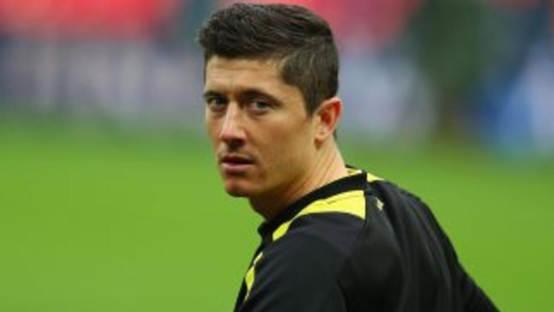 Lewandowski espera salir del Borussia para llegar al Bayern, pero el Dor...