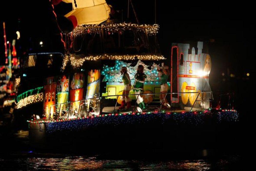 El desfile dura cinco noches y empieza un día después de Acción de Graci...