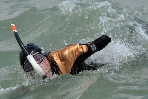 Un francés cuyos brazos y piernas fueron amputados cruzó el Canal de la...