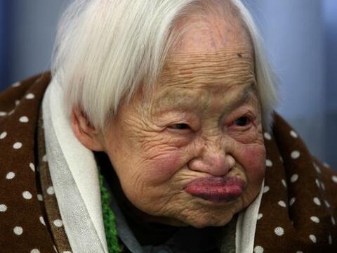 La japonesa Misao Okawa, tiene algunos secretitos que le han permitido c...