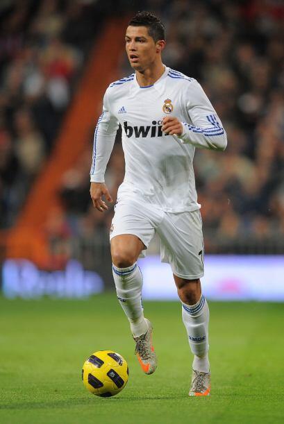Delantero por izquierda: Cristiano Ronaldo (Portugal/Real Madrid).