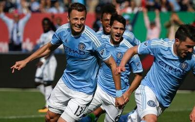 Con doblete de David Villa, New York City FC consigue su primera victori...