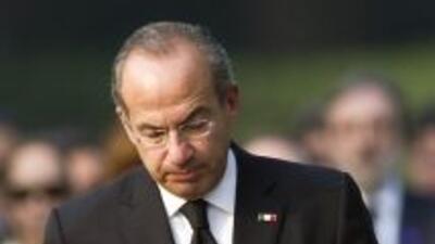 Activistas presentaron una denuncia contra Felipe Calderón ante la Corte...