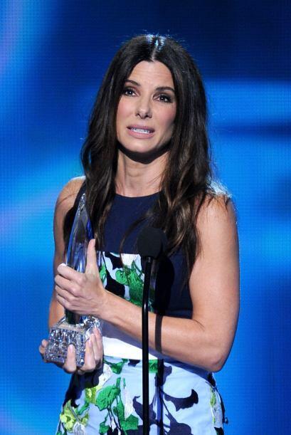 Sandra Bullock ganó por mejor actriz de cine y agradeció a...