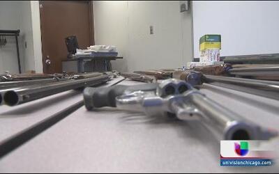 Caen hispanos por venta ilegal de armas