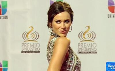Jacqueline Bracamontes anunció que espera una niña