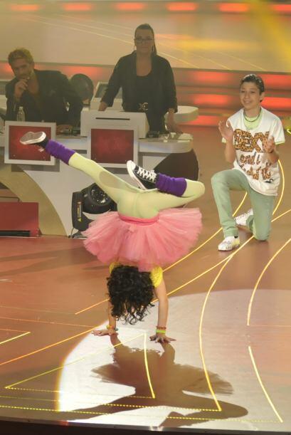 Son admirables las acrobacias que los bailarines realizan a la hora de b...