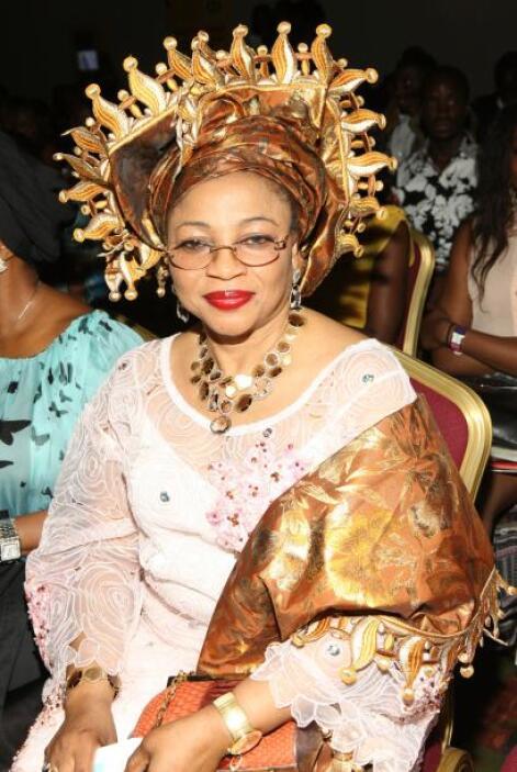 96.-FOLORUNSHO ALAKIJA: Es la magnate de los negocios de la moda en Nige...