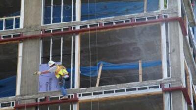 Un trabajador de la construcción, en una obra en Maryland.