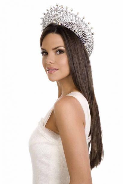 Fue el mismo que la preparó cuando ganó la corona de Nuestra Belleza Lat...