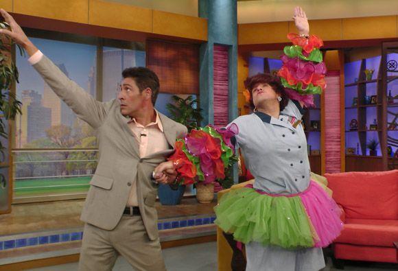 También hay que saber girar con estilo. Johnny y Doña Meche hacen muy bu...
