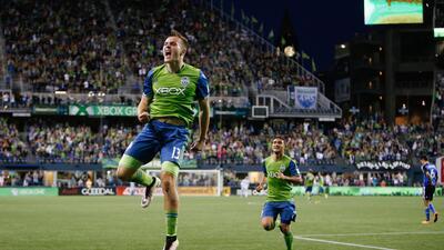 Jordan Morris celebra su gol para Seattle Sounders