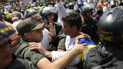 Líder opositor Leopoldo López  fue arrestado por el gobierno venezolano