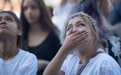 Inmigrantes durante una manifestación contra las deportaciones en Los An...