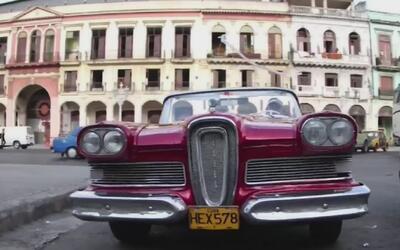 Repuestos para motos y autos viajan hasta Cuba desde Tampa, Florida