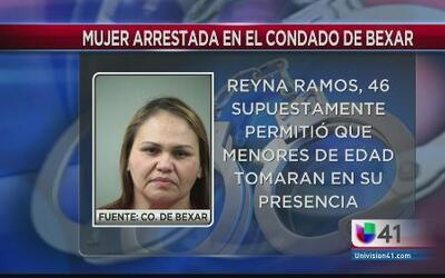 Arrestada por darle de tomar a menores