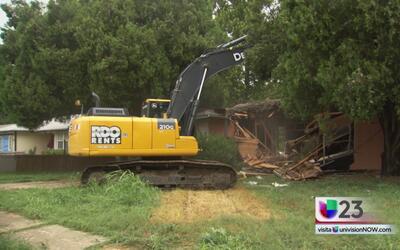 Programa de demolición de viviendas abandonadas