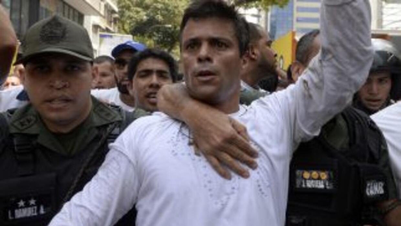 Leopoldo López el día que se entregó.