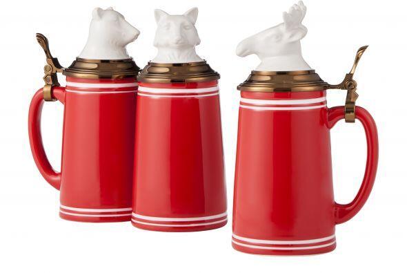 Threshold Stoneware te ofrece los más lindos jarras que van muy 'ad hoc'...