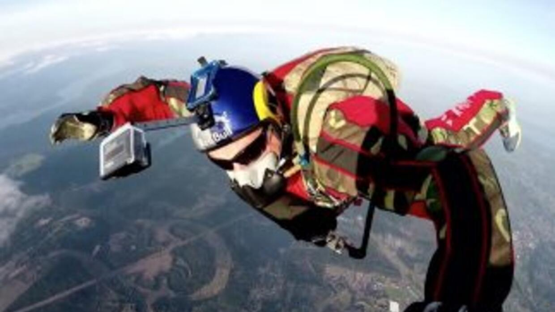 Ha habido muchas hazañas en paracaidismo hasta el momento, pero ninguna...