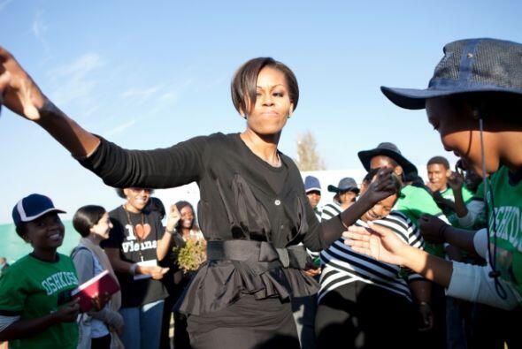 Mucha gente aplaudió la sencillez de Michelle en su visita a Sudáfrica....