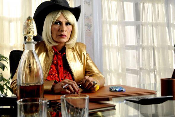Doña Olegaria es la representante y 'la mandamás'. Gracias a sus talento...