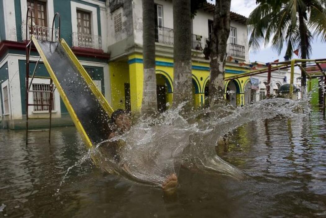 Más de una tercera parte del estado costero del golfo de México fue inun...