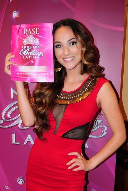 Natalie Rosas de México, audicionó en Los Ángeles. Ella es una de bellas...