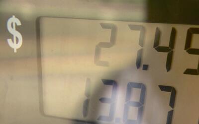 Galón de gasolina en New Jersey subió 8 centavos en una semana
