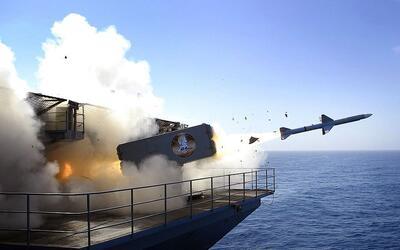Estados Unidos realiza a menudo ejercicios militares como este, en el qu...