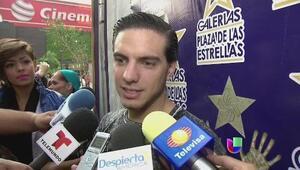 Estrellas en México reaccionan a la muerte de Roberto Gomez Bolaños, Che...