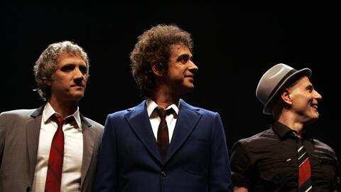 En esta foto del 20 de septiembre del 2007, los miembros de Soda Stereo...