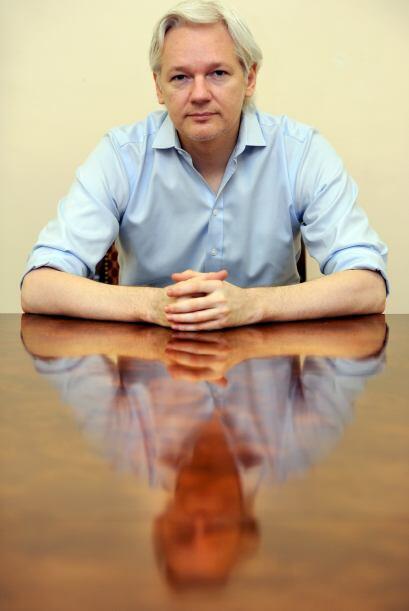 Julian Assange: Fundador de WikiLeaks, de 41 años, está técnicamente en...